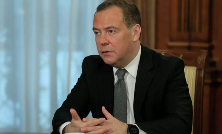 Дмитрий Медведев назова числото на страните, които са одобрили руската ваксина против COVID-19