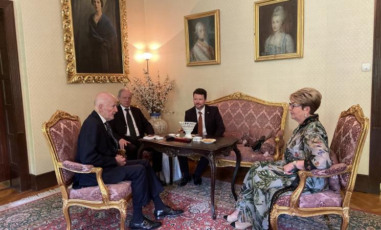Посланикът на Русия в България Елеонора Митрофанова се срещна със Симеон Сакскобургготски